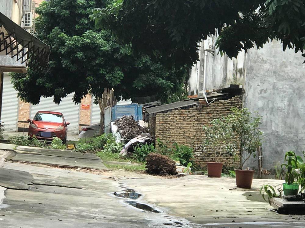 合浦县环建路的违章建筑,阻碍交通谁来管